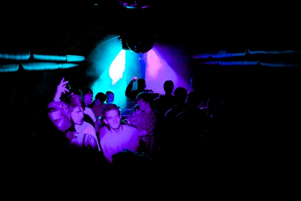 BTL 13577 How to Capture Awesome Nightclub Photography   5 Easy Steps