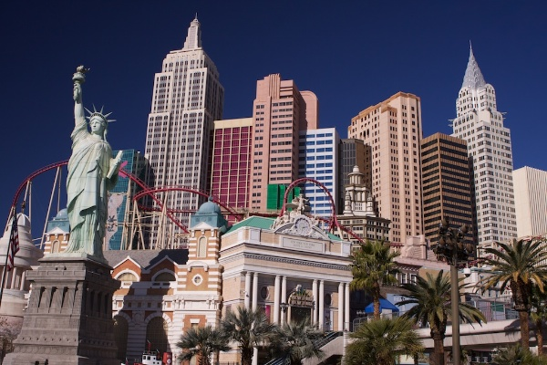 An image of Las Vegas in the daylight - Shooting Modes