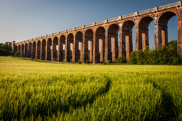 Balcombe Viaduct 1282 Edit How to Use Leading Lines to Improve Your Composition