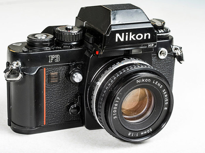 A 800px-Nikon F3 vintage camera with viewfinder