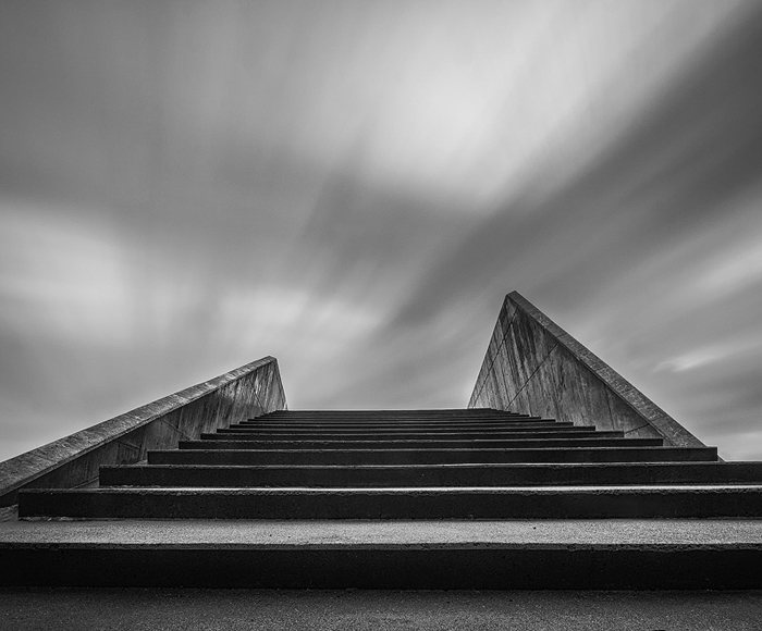 Contrete_Stairs_at_Amager_Strandpark-Edit