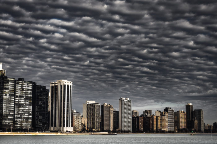Dramatic Weather: Mackerel sky over Chicago