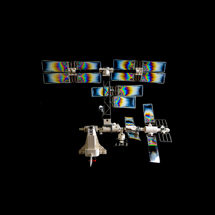 Transparent LEGO - Rainbow photoelastic effect