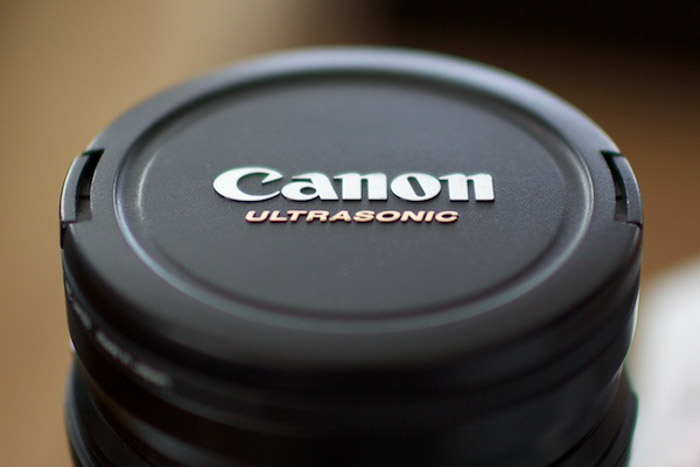 Photo of a canon ultrasonic lens
