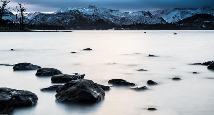 Uma cena de paisagem de inverno.