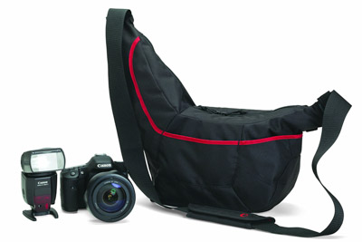 A photographic sling bag is a great idea for a photography gift