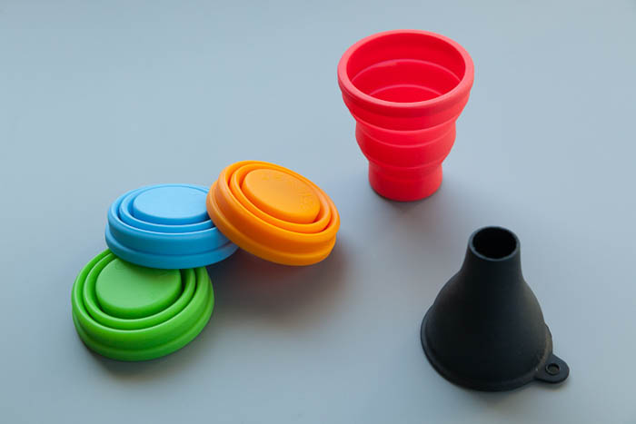 DIY photography speedlight mods using silicone cups