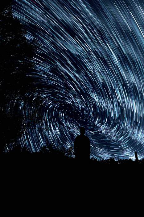 Using startrails to show how to compose astrophotography projects