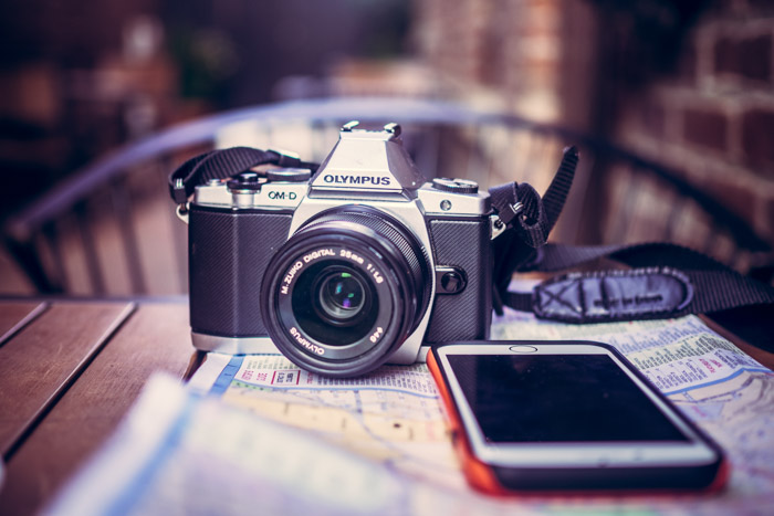 A DSLR can be remotely used by using an app on your smart phone