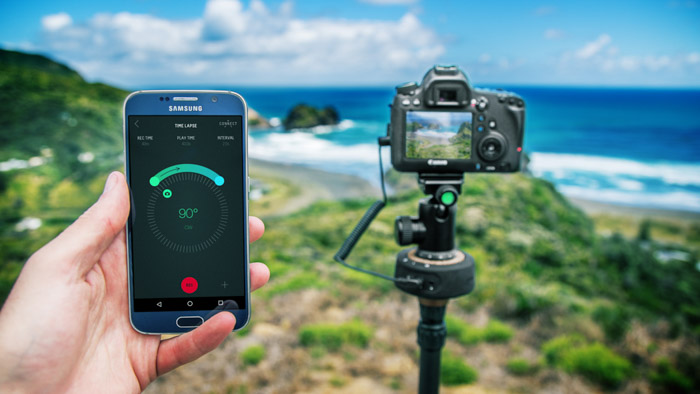 Motion Control Device for time-lapse photography being controlled by a smartphone app