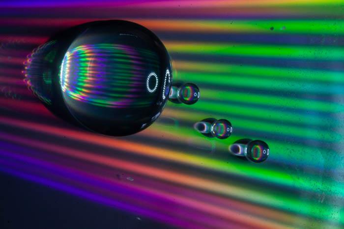 Uma foto macro de água para fotografia abstrata