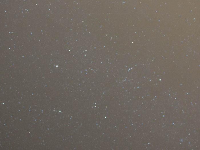 Grainy photo of the Auriga Constellation.