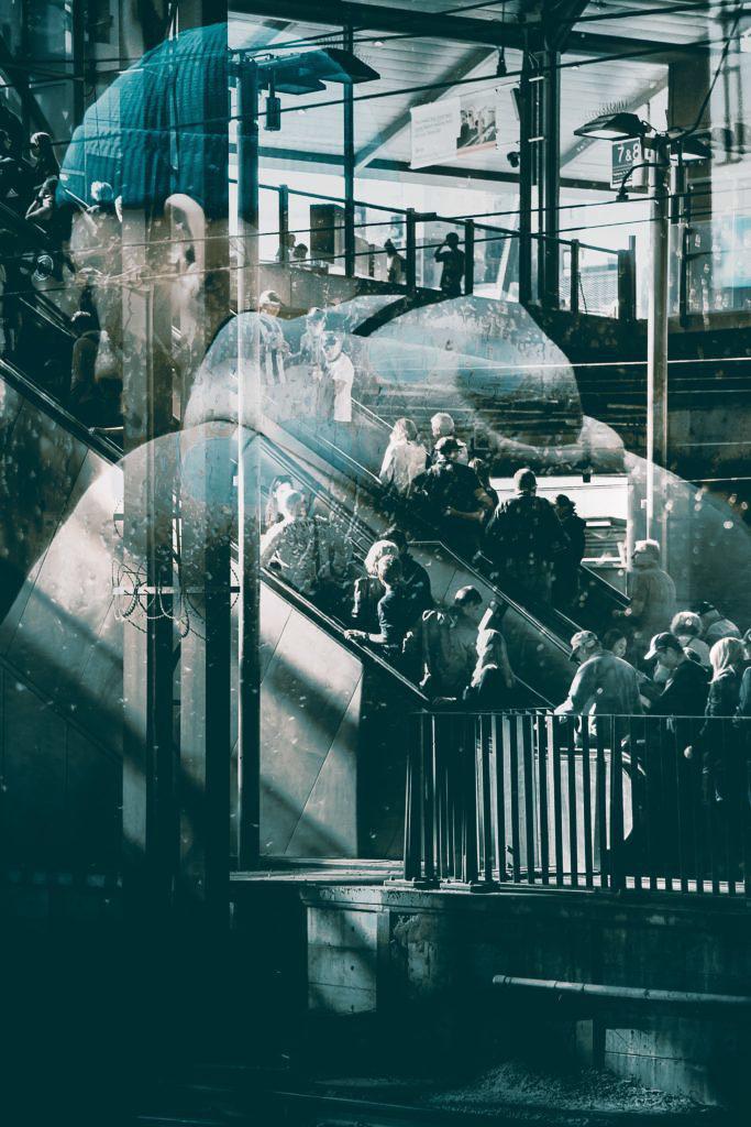 La creación de exposiciones múltiples en la cámara es solo una forma de crear imágenes fotográficas abstractas