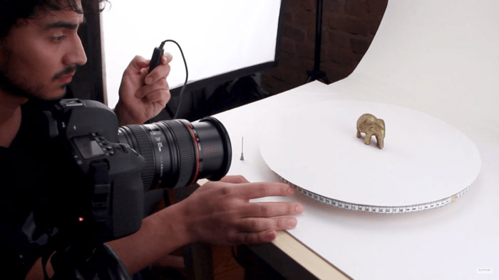 A turntable for your product shots are a great DIY photography project that wont take much time