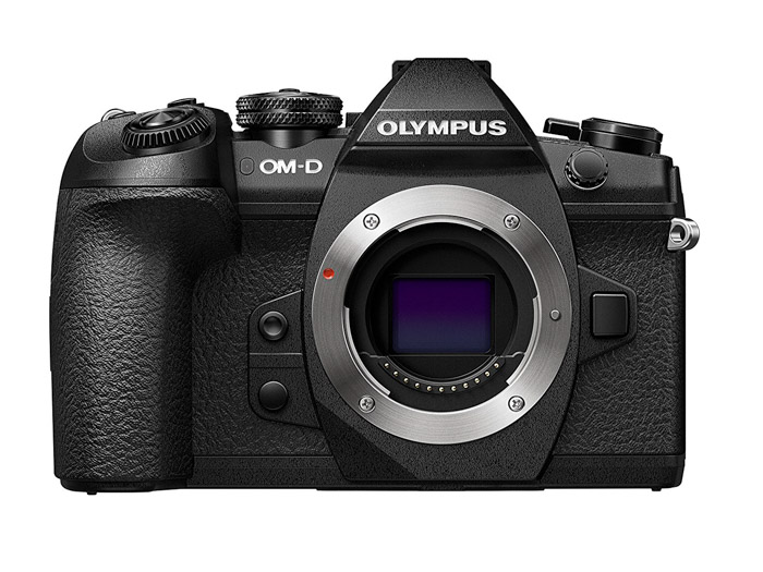 Image of a Olympus OM-D E-M1 II cameraon white background. Panasonic gh5 review.