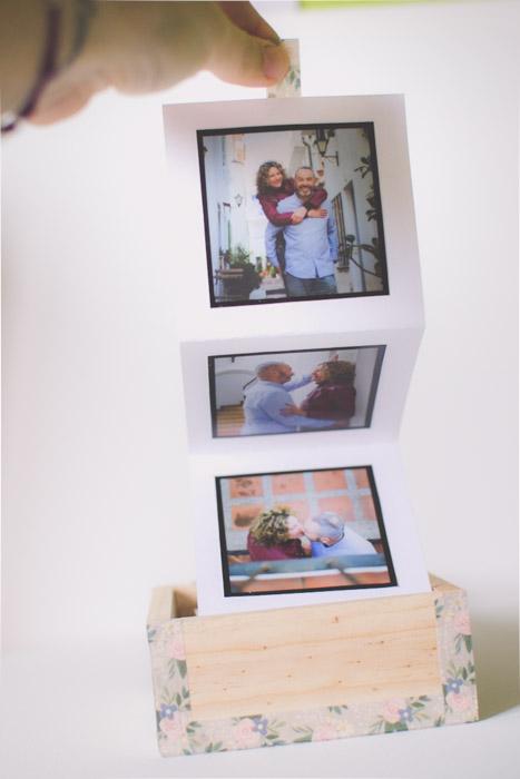 A photo accordion in a box. Unique photo gifts ideas.
