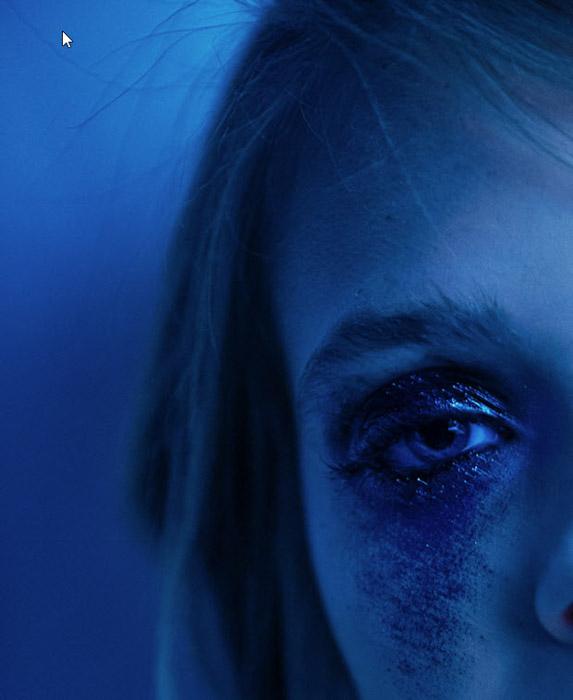 Alex Currie close up blue portrait of a girl. Famous Portrait Photographers