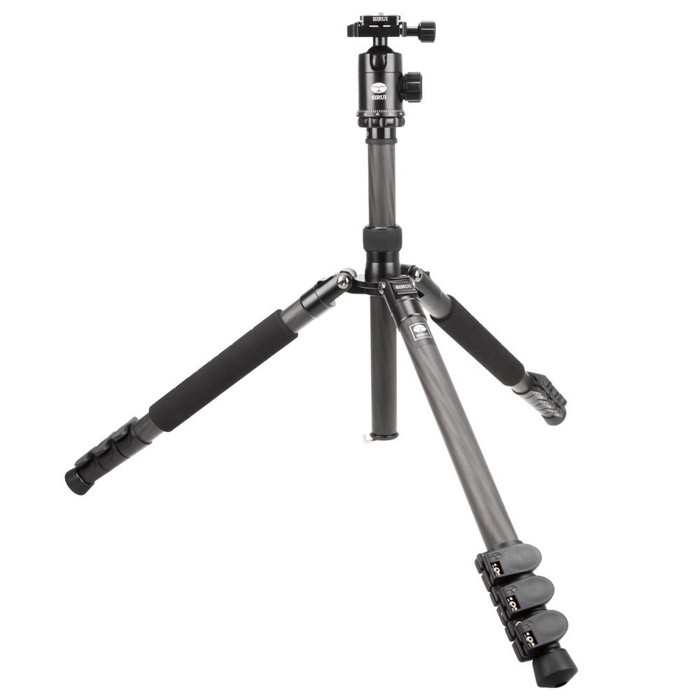 A Sirui Easy Traveler ET-2204 time-lapse photography tripod