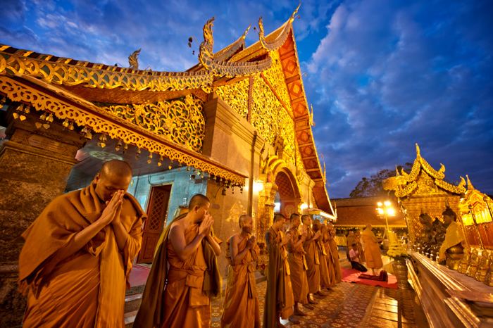 What's the Best Time to Take Photos Outside? Natural Light Photography Temple Prayer © Kevin Landwer-Johan