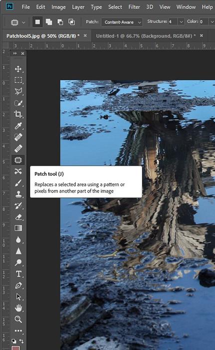 Uma captura de tela mostrando onde está a ferramenta de correção no photoshop