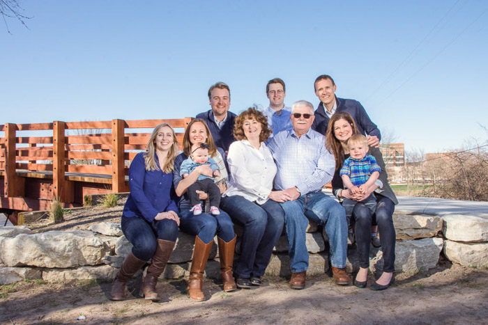 A large family pose outdoors - camera focus for sharp group photography