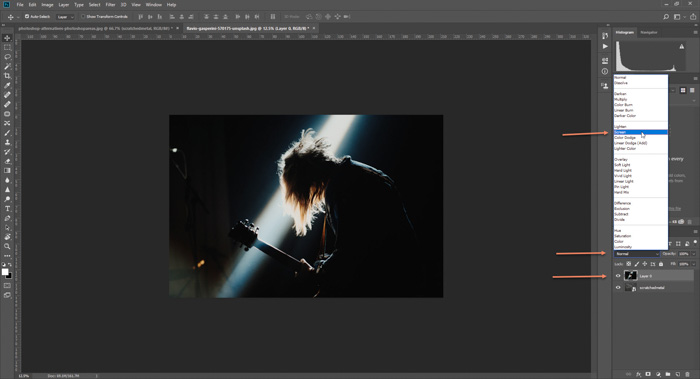 Screenshot of how photoshop textures to a concert photo