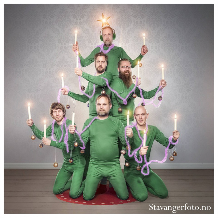 A humorous Christmas photo card from a Scandinavian photography group