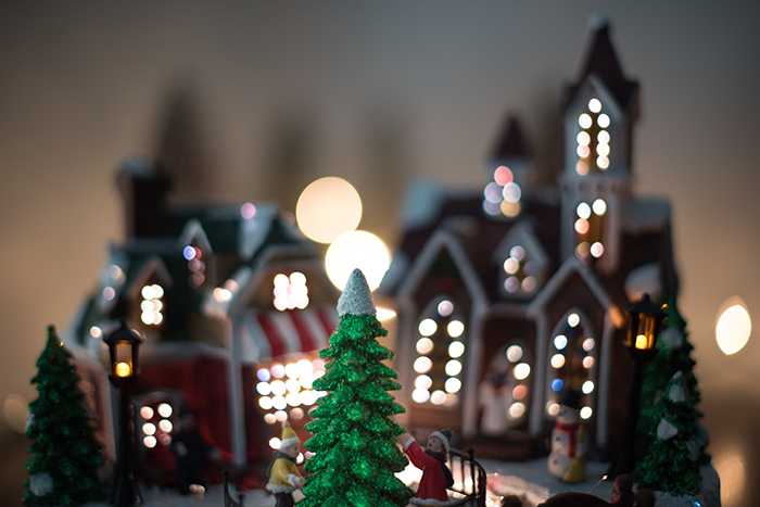 Beautiful Christmas bokeh lights in the background of a festive ornament