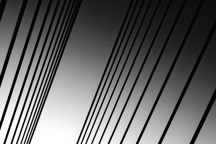 Una toma de arquitectura abstracta en blanco y negro