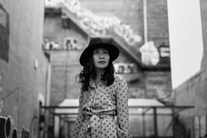 Un retrato en blanco y negro de una mujer en Nueva York, Nueva York