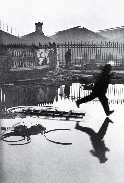 Behind the Gare Saint-Lazare - Henri Cartier-Bresson