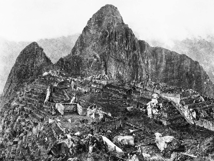 The First Photograph Upon Discovery of Machu Picchu - Hiram Bingham (1911)