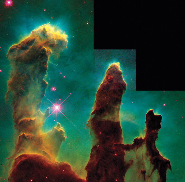 Iconic photo of the Pillars of Creation - NASA (1995)