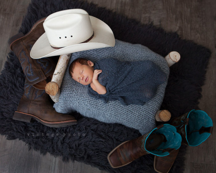 12 Adorable Newborn Photography Props Safe For Beginners
