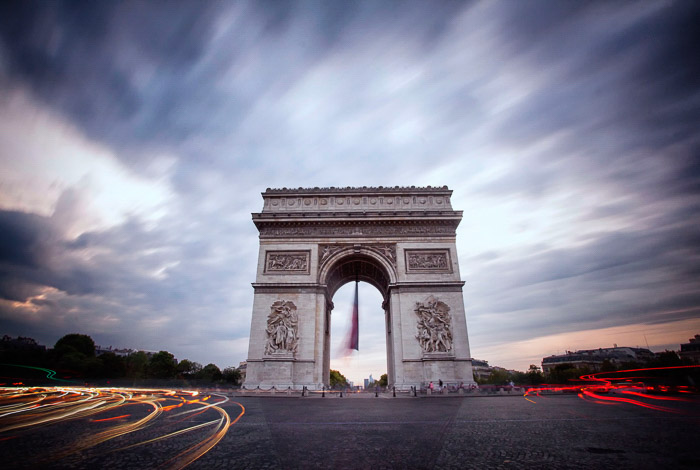 A long exposure of the Ard de Triomphe.