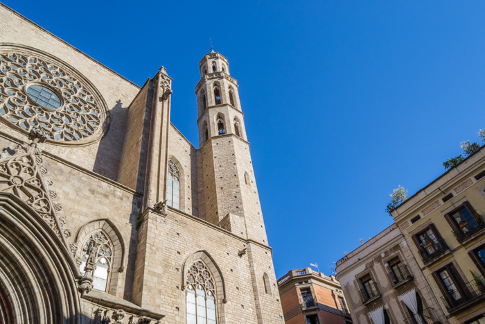 the Santa Maria del Mar Cathedral - best Barcelona photography spots