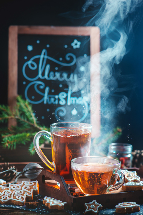 A creative Christmas still life - examples of using text in photography