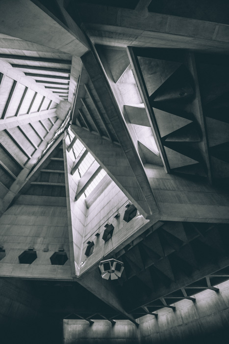 A stunning black and white architecture photography shot of a ceiling
