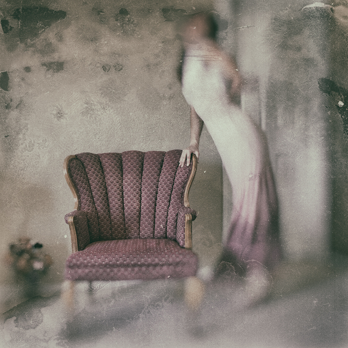 Atmospheric portrait of a female model by fine art photographer Lotus Carroll