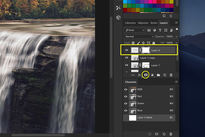 How to add waterfall effect in Photoshop - add layer mask