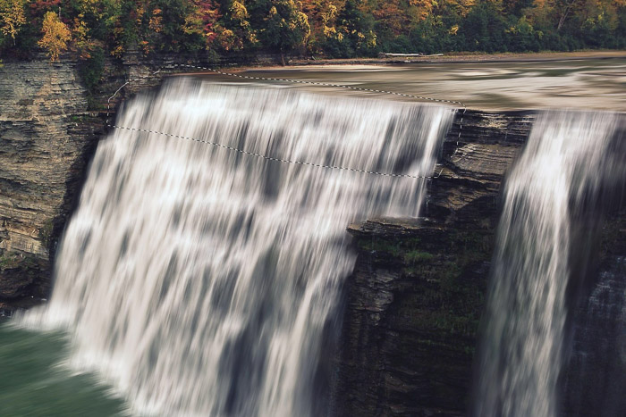 How to add waterfall effect in Photoshop - Select the Part that Needs a Curve