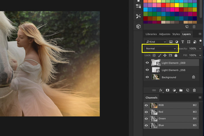 A screenshot of how to use Photoshop overlays