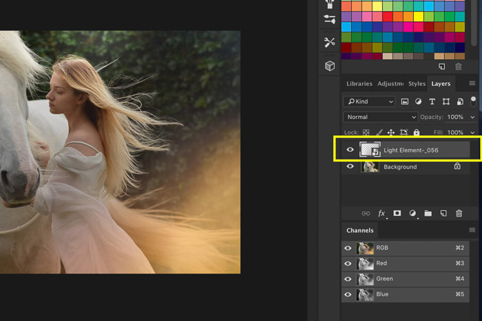 A screenshot of how to use Photoshop overlays - new layer