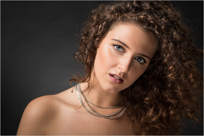 beautiful portrait of a female model - short and broad lighting techniques