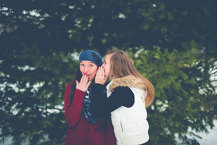 A sweet outdoor portrait of two female friends - best friend photoshoots
