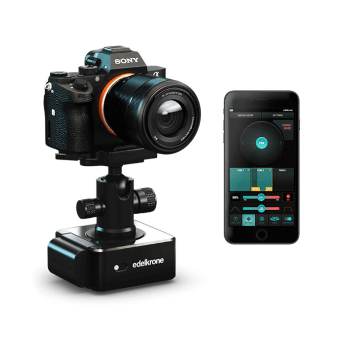 A Sony camera attched to a Edelkrone SliderONE V2 beside a smartphone with the edelkrone app onscreen