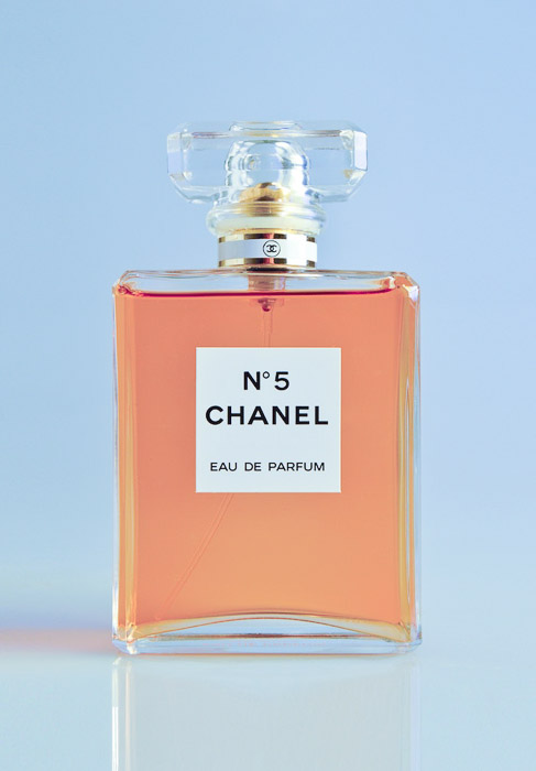 Flatlay product shot of Chanel no5 perfume - product photography business