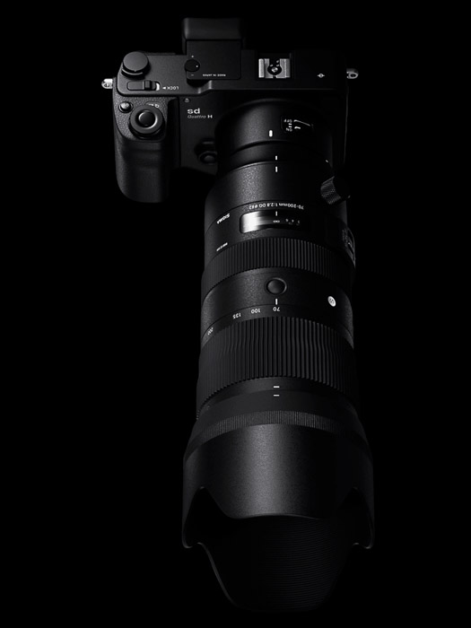 Overhead view of a DSLr fitted with the Sigma 70-200mm f/2.8 DG OS HSM Sports lens