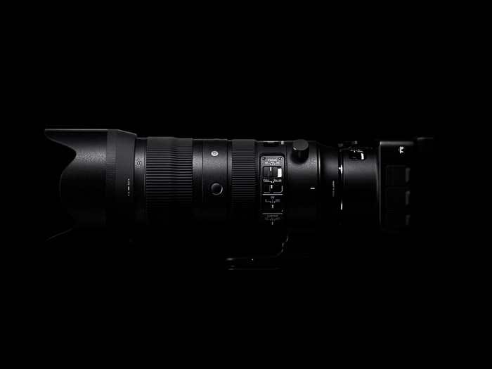 side view of the Sigma 70-200mm f/2.8 DG OS HSM Sports lens
