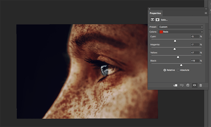 A screenshot showing how to colorize black and white photos in Photoshop
